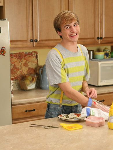 "Internet Sensation ""Fred"" aka Lucas Cruikshank Faces Life in the ..."