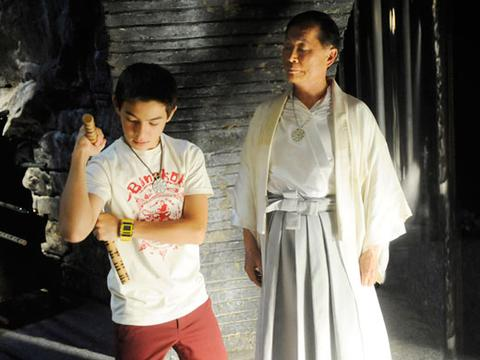 Supah Ninjas: A First Look at the Ninjas in Training