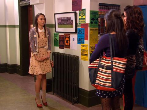 "House of Anubis: ""House of Entrapment: Miss Cool for School"""