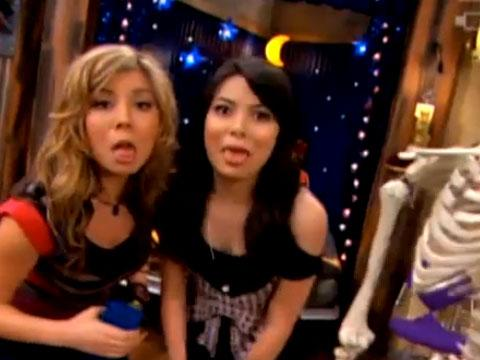 "iCarly: ""Halfoween: Making a Holiday"""