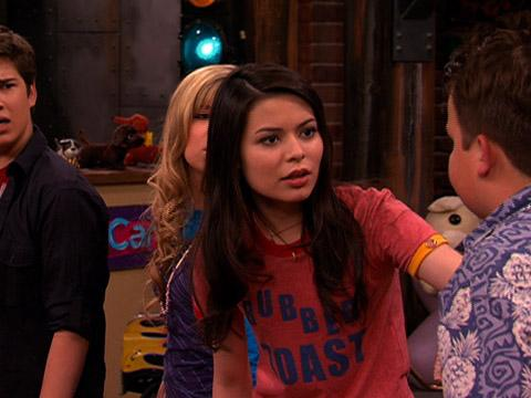 "iCarly: ""iEnrage Gibby: One of Those"""