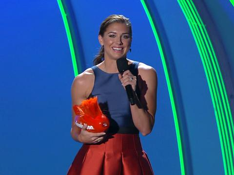 "Kids' Choice Sports 2015: ""Alex Morgan Wins Best Female Athlete!"""