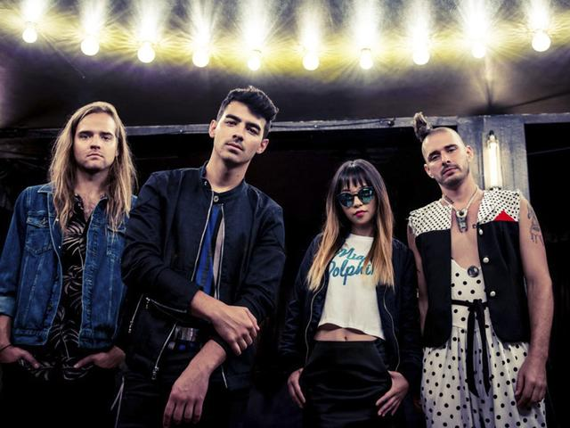 DNCE Is Performing!