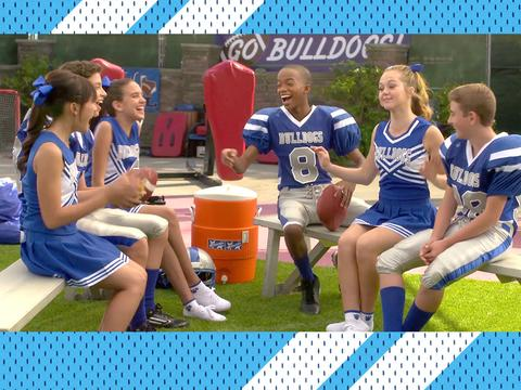 "Bella and the Bulldogs: ""Get to Know Bella!"""