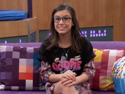 """Game Shakers: """"Girls Who Code"""""""