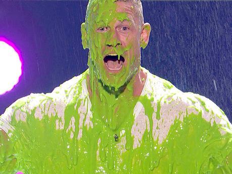 KCA 2017 - John Cena se fait slimer !