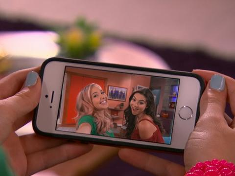 "The Thundermans: ""Selfie Trouble"""