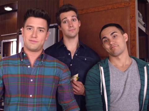 BIG TIME RUSH | S4 | Episódio 411 | Big Time Rush - A Turnê de Ônibus