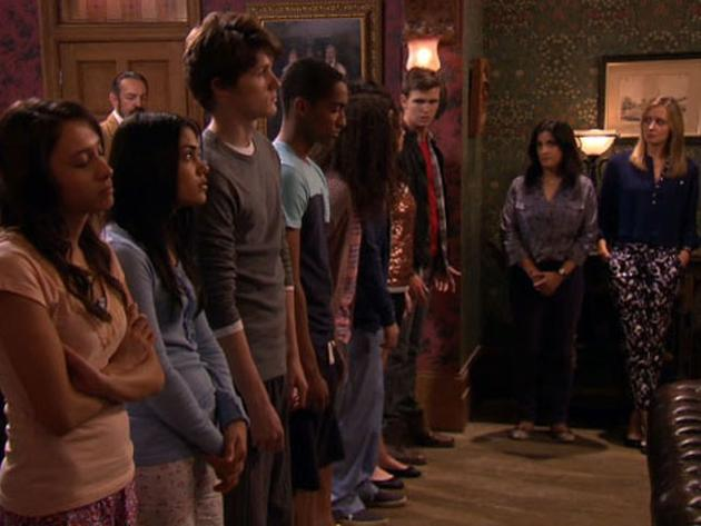 """House of Anubis: """"House of Tombs"""""""