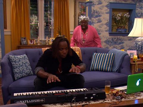 "Victorious: ""The Bad Roommate: Andre's Grandma"""