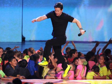 Mark Wahlberg's Awesomest KCA Moments