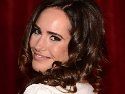 Louise Roe wird den roten Teppich der Movie Awards rocken
