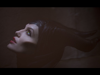 First Look at Angelina As 'Maleficent'