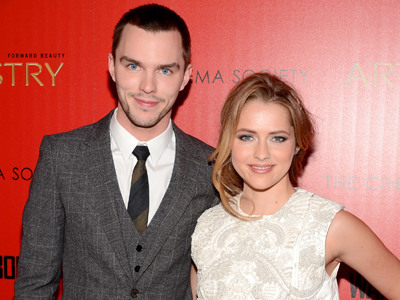 Exclusive: 'Warm Bodies' Red Carpet Chat