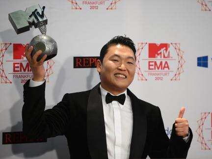 2012 MTV EMA 获奖者