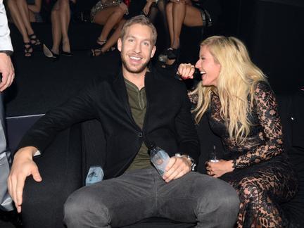 Vezi show-ul din culisele MTV EMA 2013
