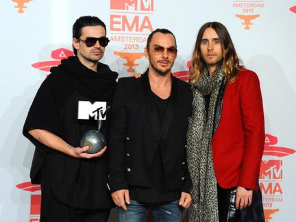 The 2013 MTV EMA Winners Shared the Love!