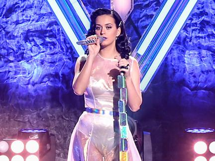Appearing at the 2013 MTV EMA