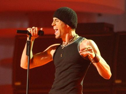 #TBT: Enrique's 2002 EMA Performance