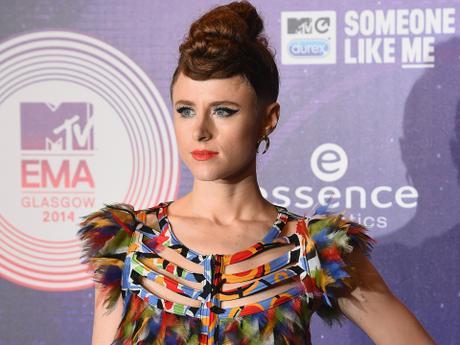 2014 MTV EMA Red Carpet Looks