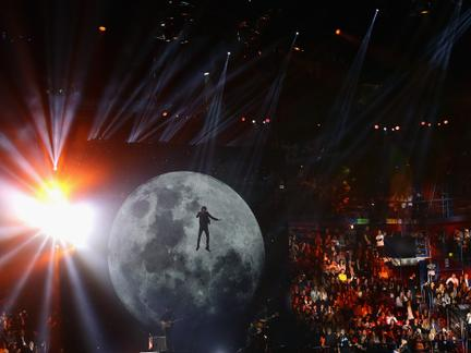 Relive Some of the Most Epic 2015 EMA Moments
