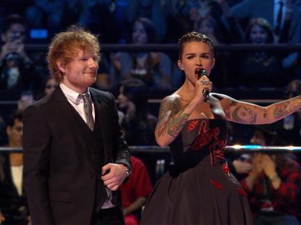 2015 MTV EMA: Ed & Rubys Wildest Moments