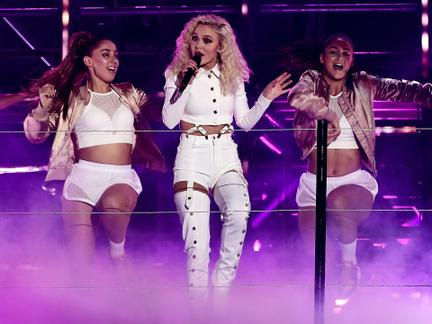 Watch the 2016 MTV EMA Performances