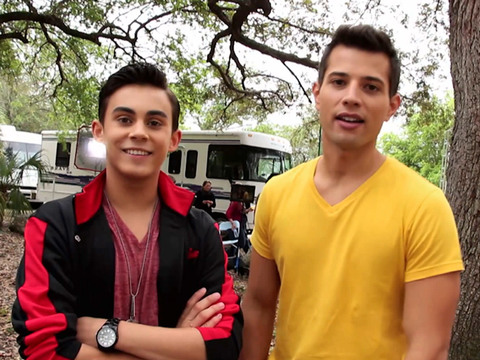 Every Witch Way | Short | Furacão no Parque