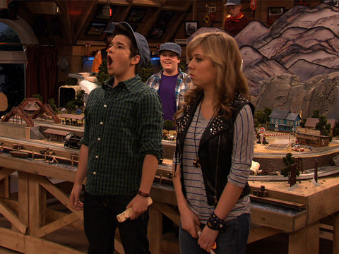 iCarly | Short | Clube do Trem