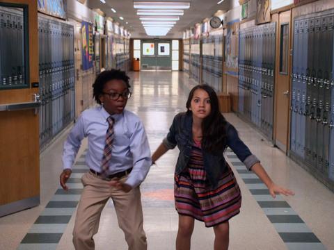 100 Cosas para Hacer Antes de High School | Short | Quedarse después de timbre