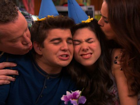 The Thundermans | Short | Cumpleaños feliz