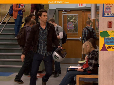 iCarly | #iCarlyForever | Short | Spencer Épico