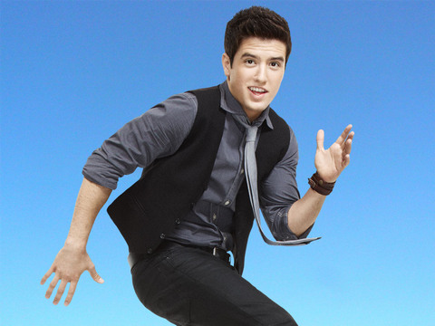 BIG TIME RUSH | Logan en las alturas
