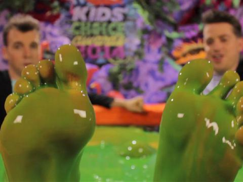 Kids Choice Awards 2014: Behind the Scenes in the Slime Tub