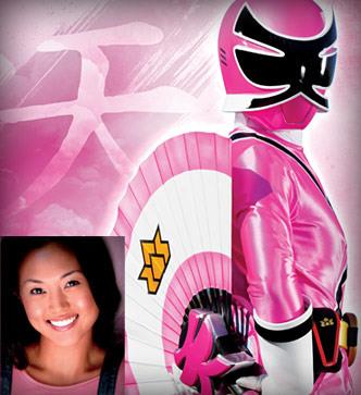 power ranger rosa mia es como una hermana mayor para el resto de power