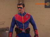 Captain Man est en prison