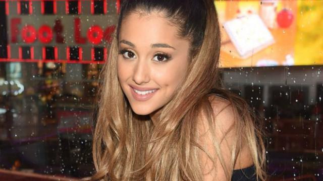 Ariana Grande új kiskutyát fogadott örökbe