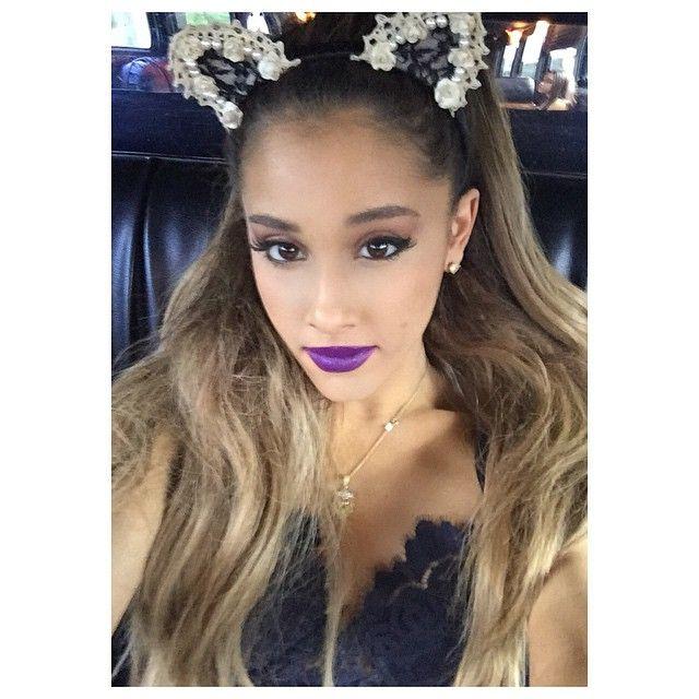 Ariana Grande macskalány volt