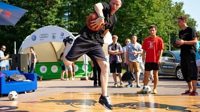 Cемейный спортивный фестиваль Спорт-Кэмп «Царь горы»