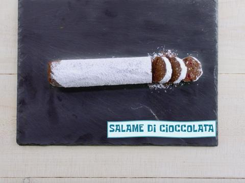 Salame di cioccolata - La ricetta dell'Italia