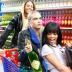 Chanel presenta su temporada AW14 en un supermercado