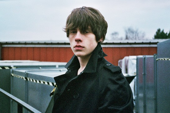 mgid:file:gsp:scenic:/international/style-intl/look-look/february/JAKE-BUGG-EXCLUSIVE-INTERVIEW-2-545.jpg