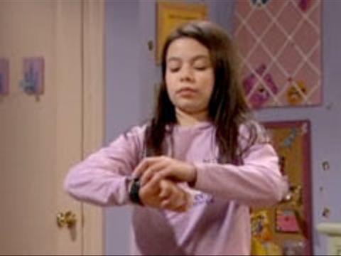 """Drake & Josh: """"Foam Finger"""""""