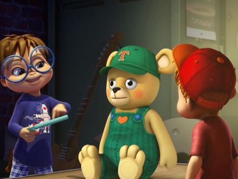 "ALVINNN!!! and the Chipmunks: ""Talking Teddy"""