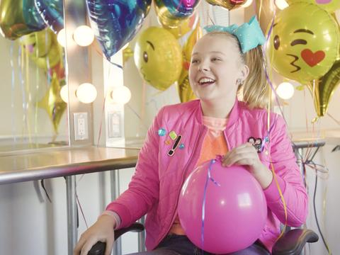 "JoJo Siwa: My Life: ""Day In The Life"""