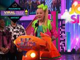 "Kids' Choice Awards 2017: ""JoJo Siwa Wins Favorite Viral Music Artist!"""