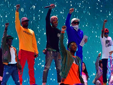 Kids' Choice Awards 2018: N.E.R.D. Performs Lemon