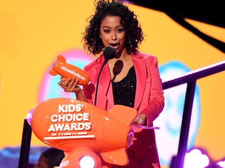 "Kids' Choice Awards 2018: ""Liza Koshy Wins Favorite Funny YouTube Creator"""