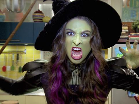 "The Thundermans: ""Makeup Transformations"""