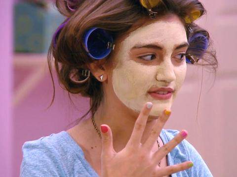 """Every Witch Way: The Big Rescue: """"Spa Day Sleepover"""""""